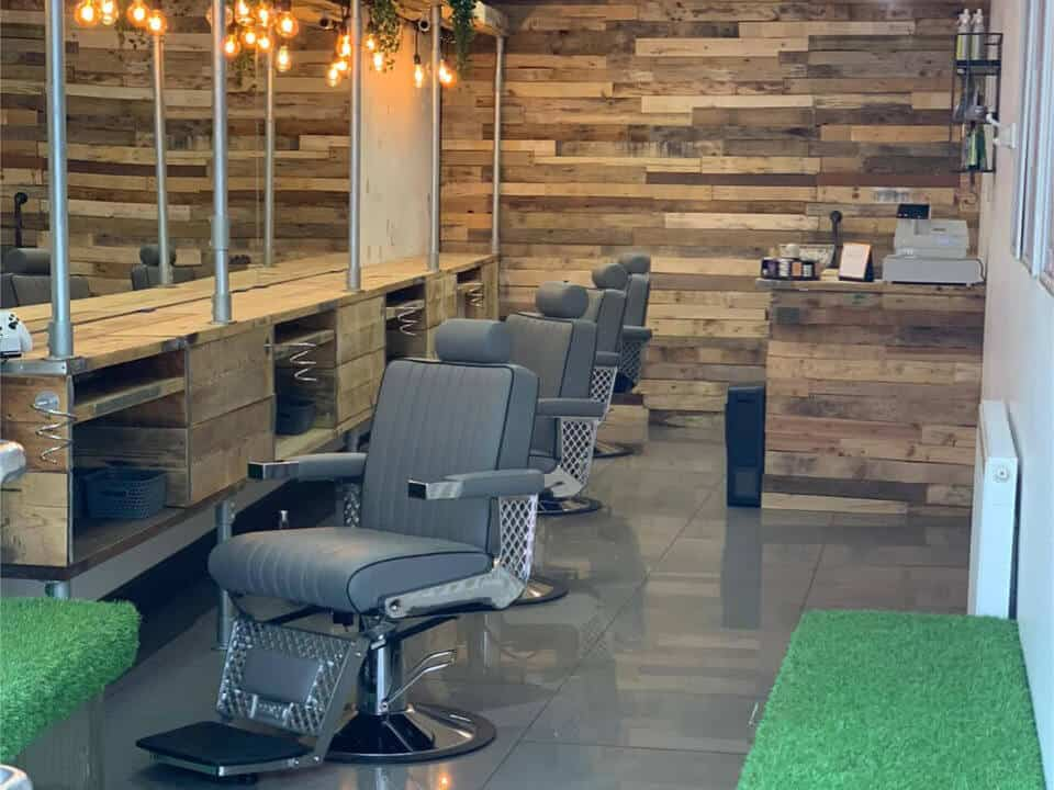 Barbers Seating arrangement
